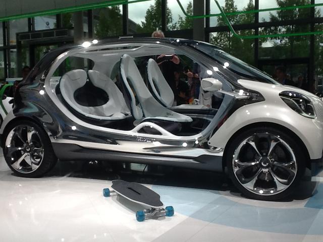 Le concept Smart Fourjoy préfigure le retour d'une Smart à 4 places à la fin de l'année prochaine.